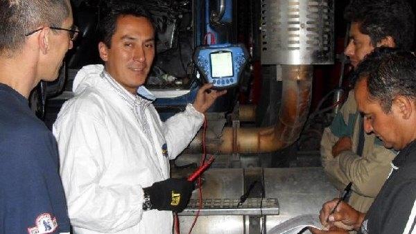 Curso de Sistemas de Inyección HEUI motores Diesel Navistar y Caterpillar